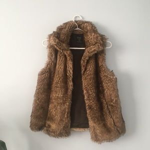Faux fur vest from Zara.